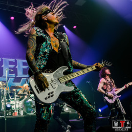 Steel Panther at Plaza Live 10-19 -43.jp
