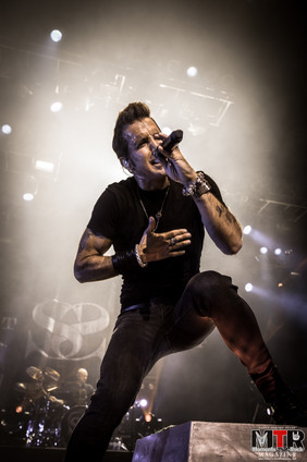 Scott Stapp at Hard Rock Live 10-19-34.j
