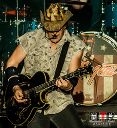 Ted Nugent at Peabody 8-19-34.jpg
