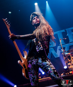 Steel Panther at Plaza Live 10-19 -36.jp
