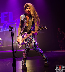 Steel Panther at Plaza Live 10-19 -48.jp