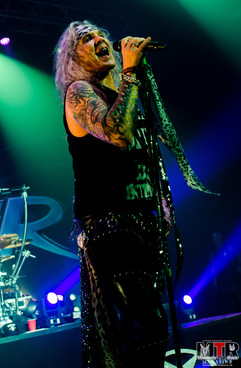 Steel Panther at Plaza Live 10-19 -52.jp