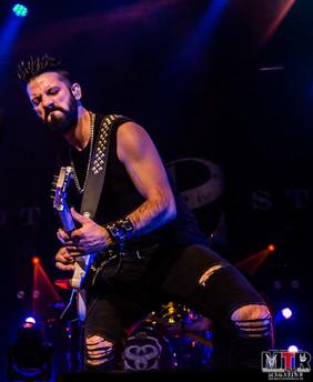 Scott Stapp at Hard Rock Live 10-19-26.j