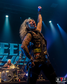 Steel Panther at Plaza Live 10-19 -38.jp