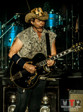 Ted Nugent at Peabody 8-19-47.jpg
