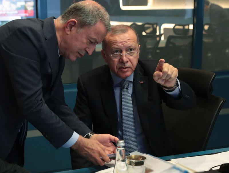 Turkey Minister of Defense Hulusi Akar and President Erdogan