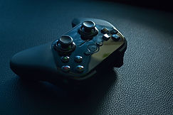 Canva - Black Wireless Game Controller o