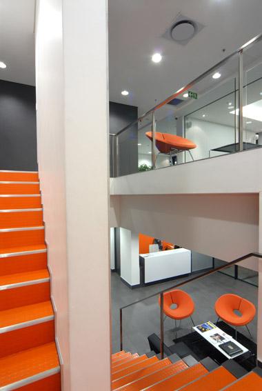 2 levels stairs E.jpg