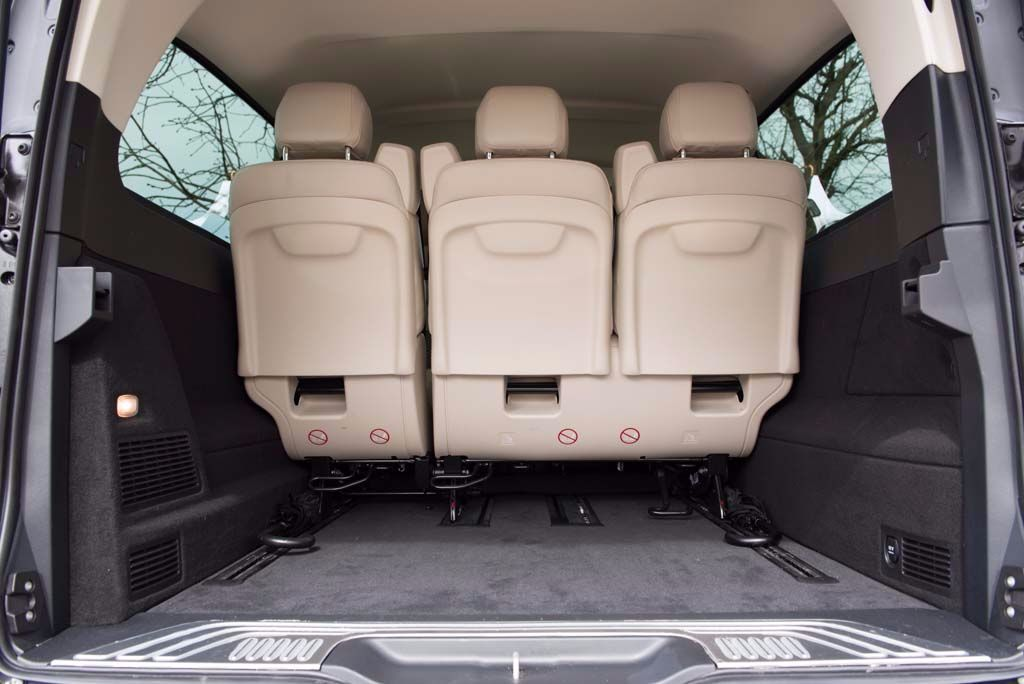 V-Class boot space