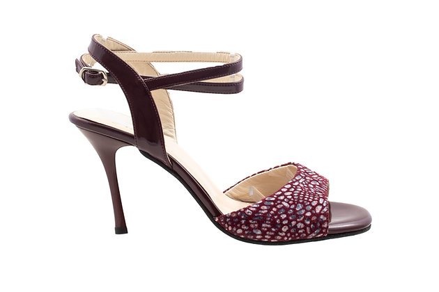 Maroon Tiles with Free Ankle