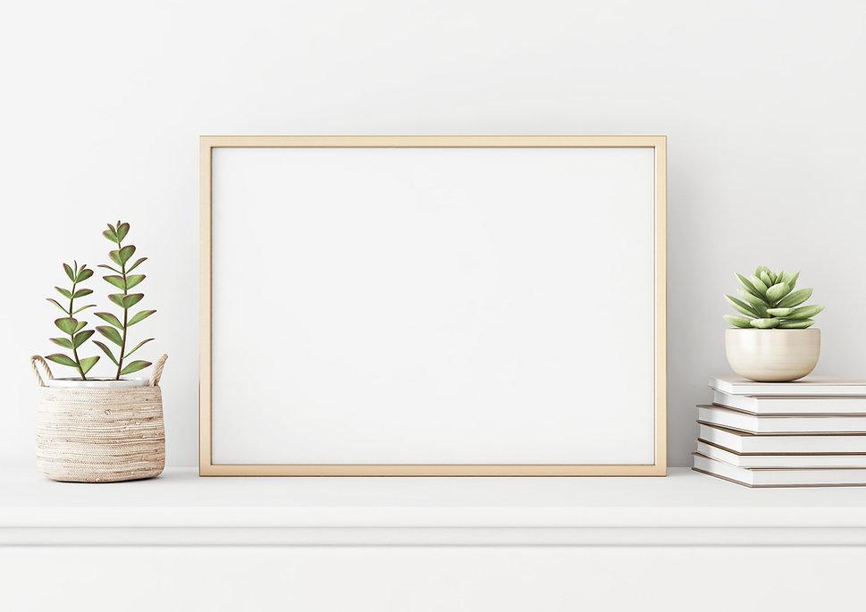 erika Wood Frame Horizontal White with G