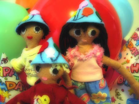 dolls-party-hats.jpg