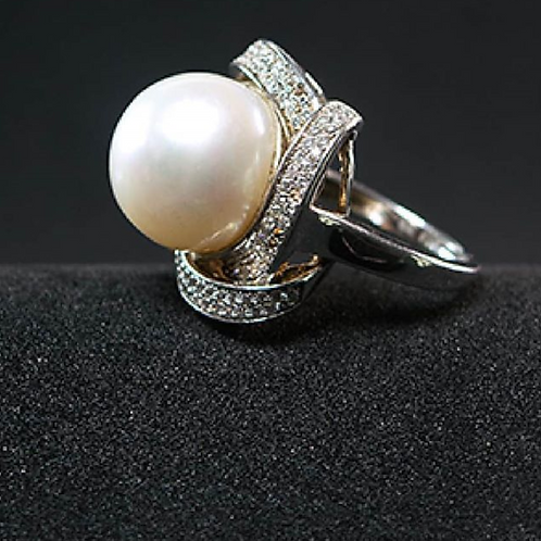 Silver Rings With Pearls