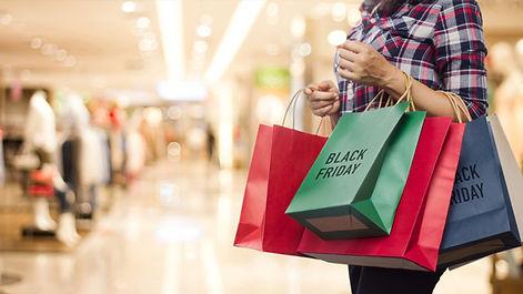 black-friday-shopping-at-the-mall_154281