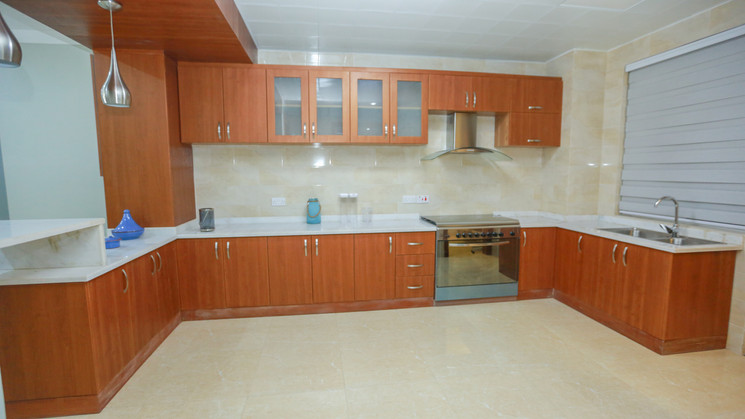 Kitchen-the inside with clear kitchen ca