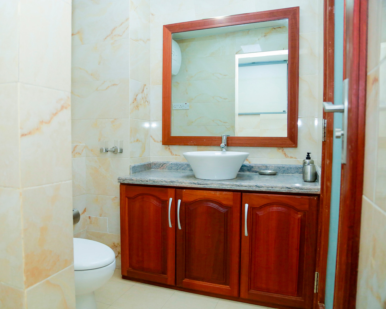 Bathroom_wash basin area-right side.jpg