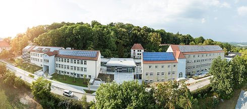 Parsberg Schulen Panorama_web.jpg