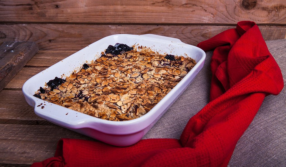 a dish of baked oatmeal