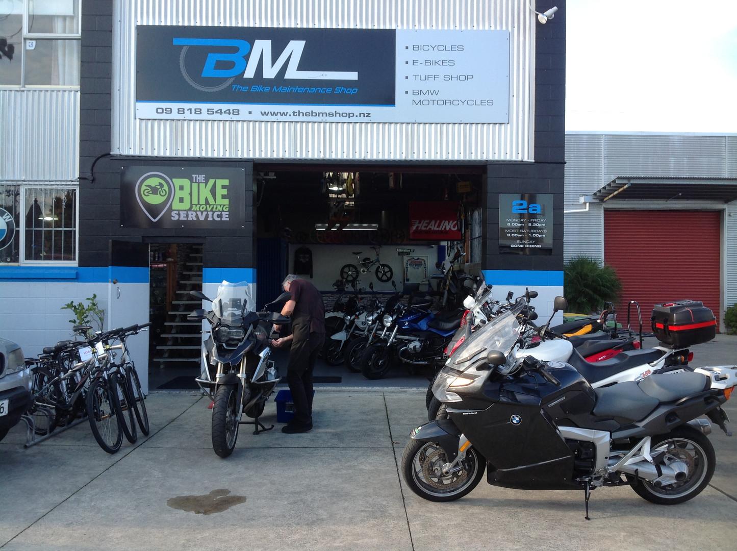 lots m bike.JPG