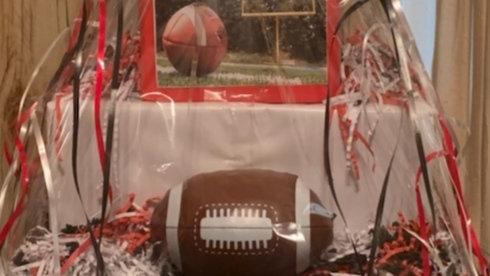 Men Ex-Large NFL Gift basket