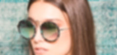 Klasszikus és extravagáns napszemüvegek