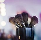 makeup-2824659_1280.jpg