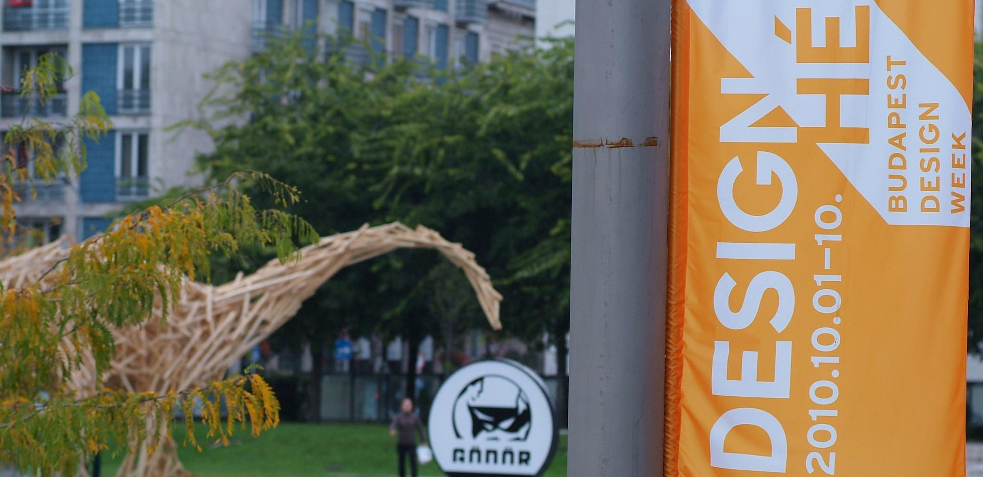 Budapest_Design_Week_2010_flag