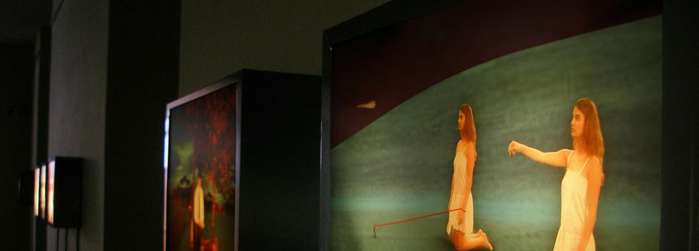 Éva_Magyarósi_exhibition_2010