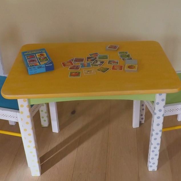 Kindertisch_Set_PAULA_DSCF5171.JPG