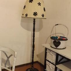 Stehlampe_DSCF8993.JPG
