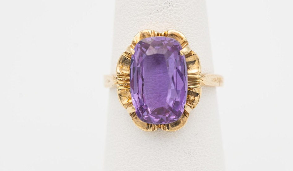 10k Yellow Gold Synthetic Amethyst Ring