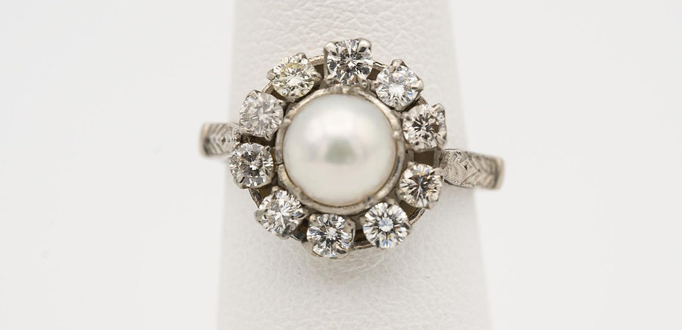 14k White Gold Saltwater Pearl Diamond Ring