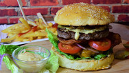 burger-3962996_1920.jpg