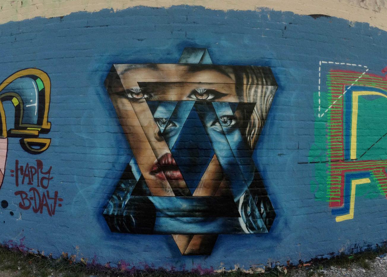 Mural by Sam King Mural Artist London