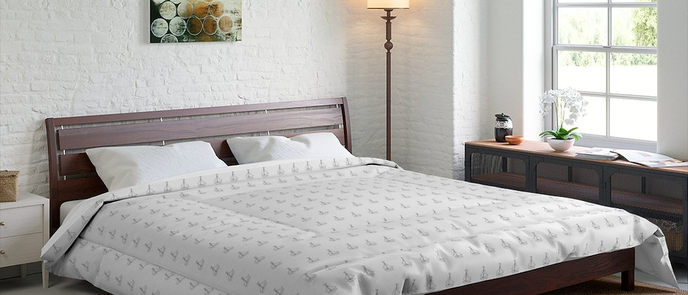 Simplistic Classic Comforter by Charles Tybee