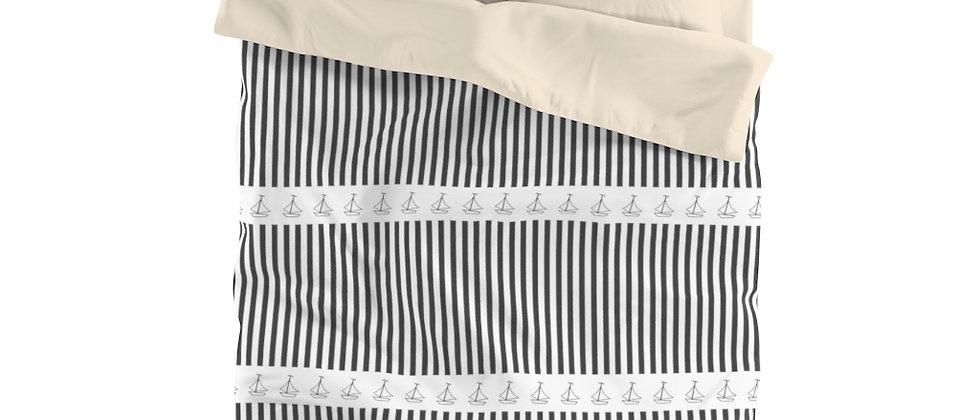 Simplistic Black Horizontal Stripe Microfiber Duvet Cover by Charles Tybee