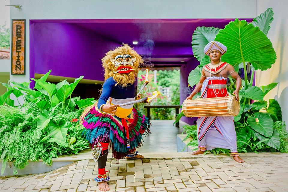 Dancers Waterland Negombo - 54.jpg