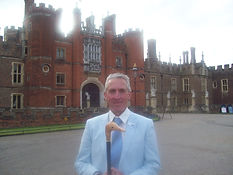 Hampton Court Tours
