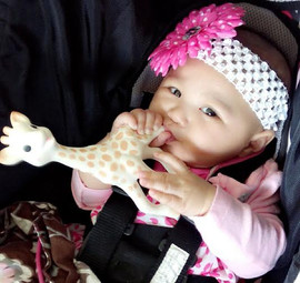 Sophie loves Pinoy babies!