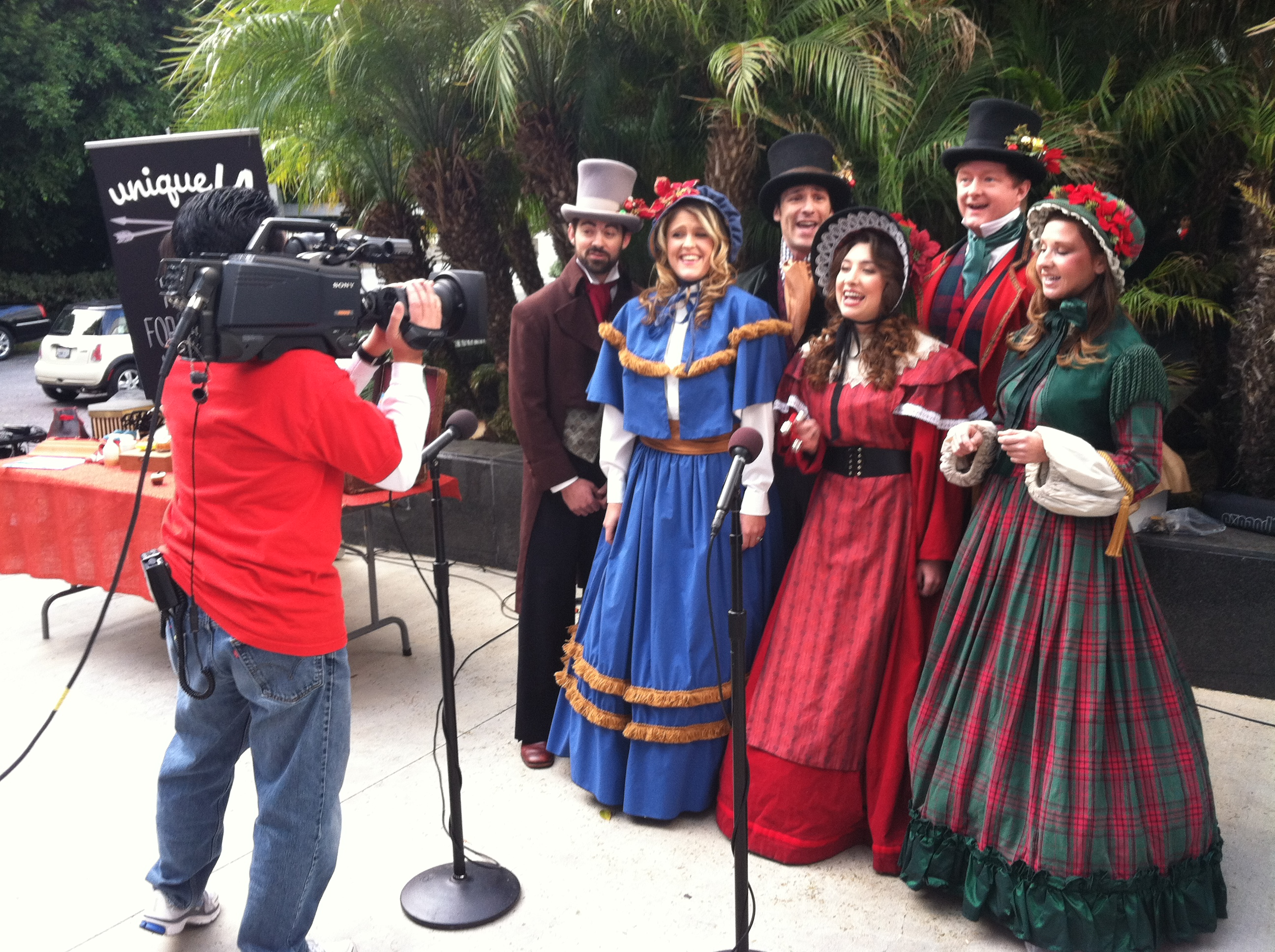 Dickens Holiday Carolers in LA