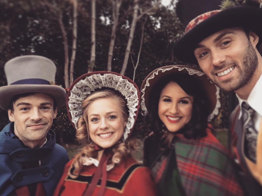 Traditional Carolers in Los Angeles