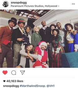 Carolers with Snoop and Martha