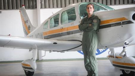 Brigada Militar forma primeira mulher no curso de piloto