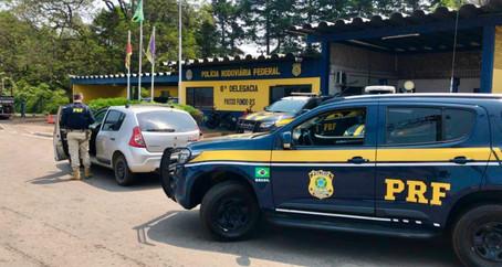 PRF recupera em Passo Fundo carro roubado um dia antes em Santa Catarina