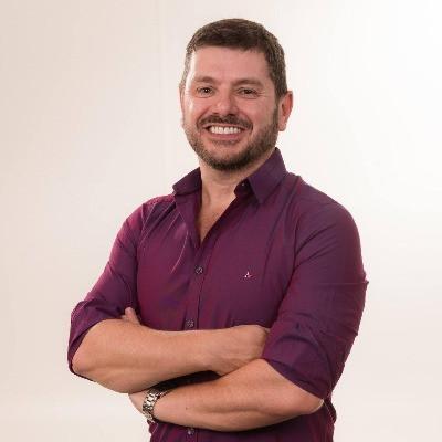 Professor Renato Casagrande em parceria com o isaac