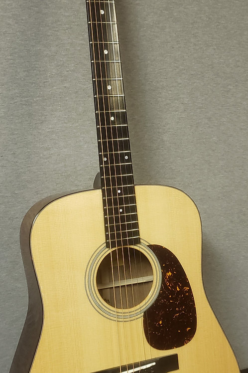 Eastman E6D-TC Thermo-Cured Top with Hard Shell Case