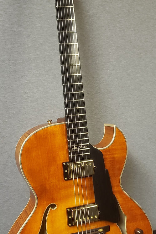 Eastman AR380CE-HB John Pisano Signature Archtop with Hard Shell Case