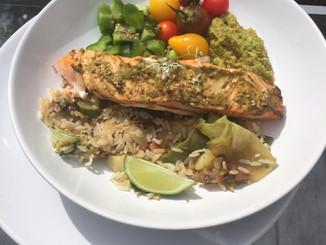 Assiette équilibrée et gourmande autour du saumon 🍅