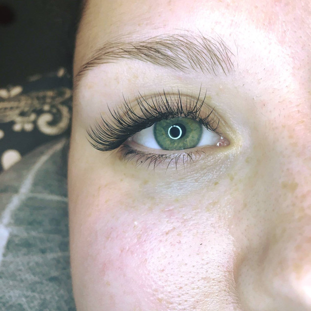 eyelash extensions kingston
