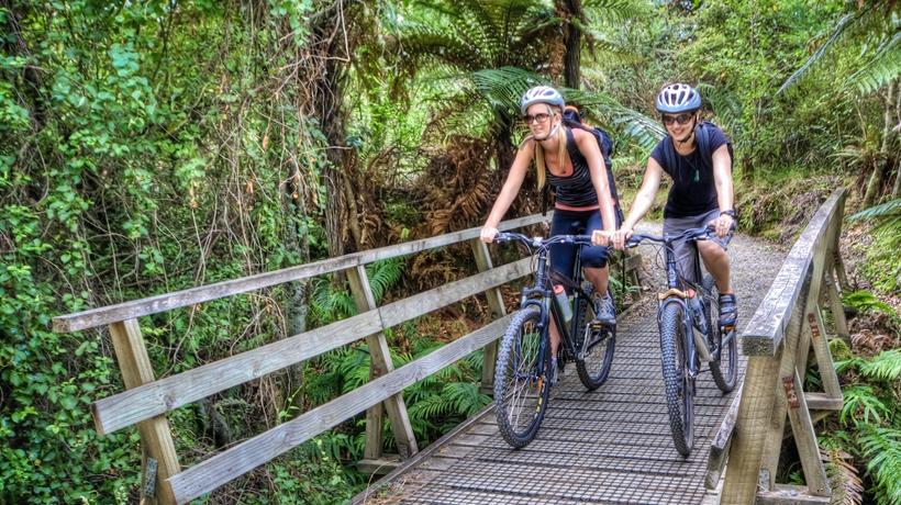 Huka-falls-Rotary-bike-trail-Taupo_GalleryLarge.CFoaPw